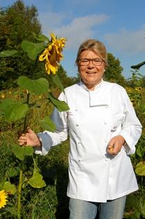 Angela Schulze-Hamann